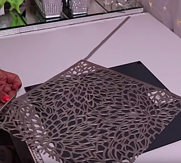 Make a DIY Bling Mirror From A Placemat