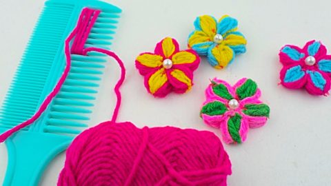 Make A Yarn Flower Using A Comb | DIY Joy Projects and Crafts Ideas