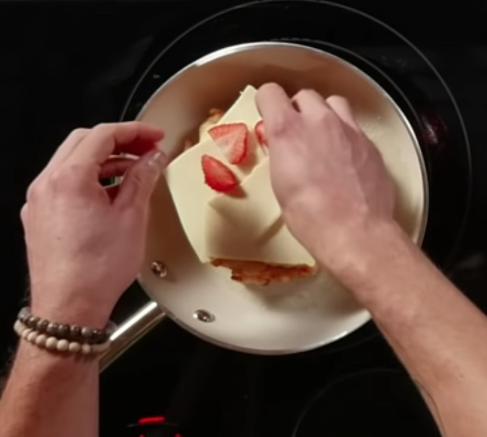 Make a Funnel Cake Grilled Cheese with Strawberry Ketchup