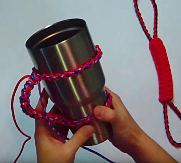 Make a Yeti cup handle out of Paracord