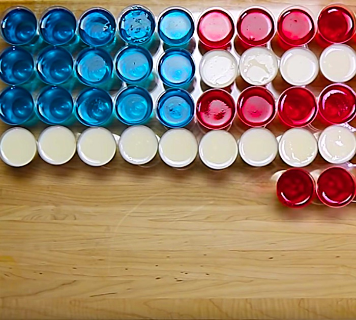 Make American Flag Jello Shots for a party