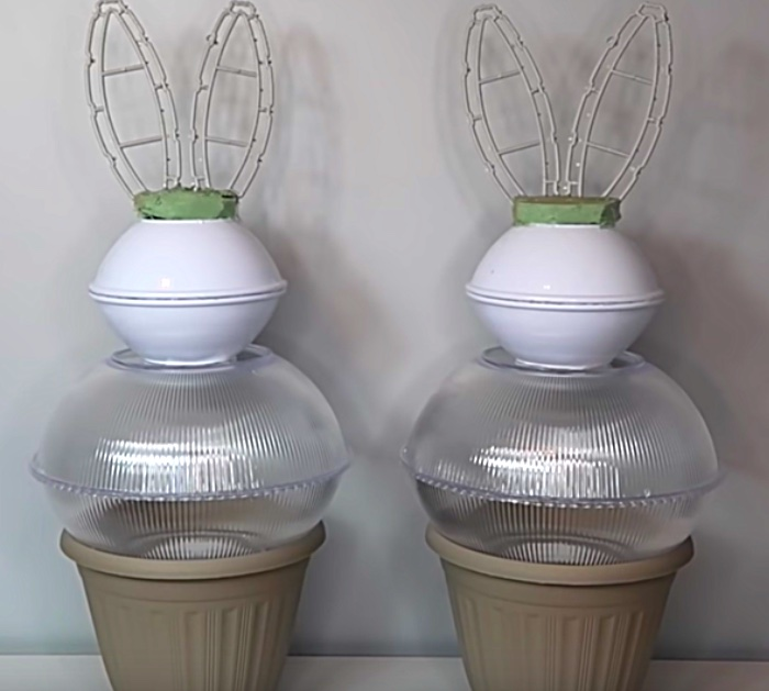 Make a topiary in the shape of a bunny for Easter