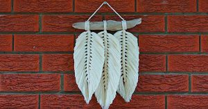 How To Make A Macrame Feather Wall Hanging