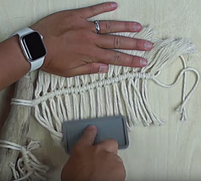 Easy quick macrame wall hanging