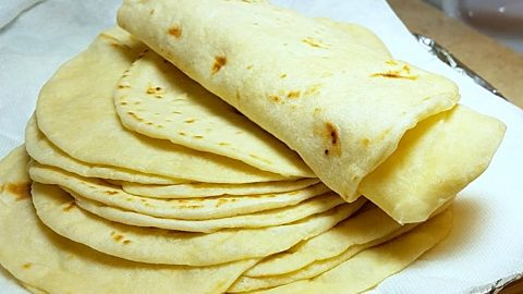 How To Make Flour Tortillas | DIY Joy Projects and Crafts Ideas