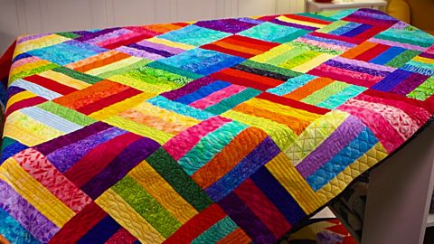 How To Sew A Jelly Roll Quilt | DIY Joy Projects and Crafts Ideas