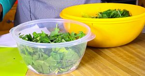 How To Keep Salad Fresh For Days