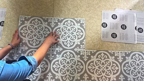 How To Transform Floors With Peel And Stick Vinyl | DIY Joy Projects and Crafts Ideas
