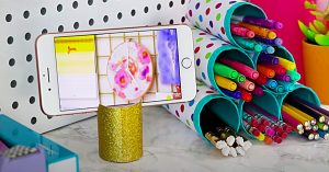 10 Crafts Made From Things Normally Thrown Away