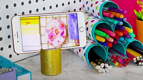 10 Crafts Made From Things Normally Thrown Away | DIY Joy Projects and Crafts Ideas