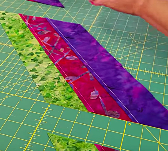 Make a star quilt out of a jelly roll