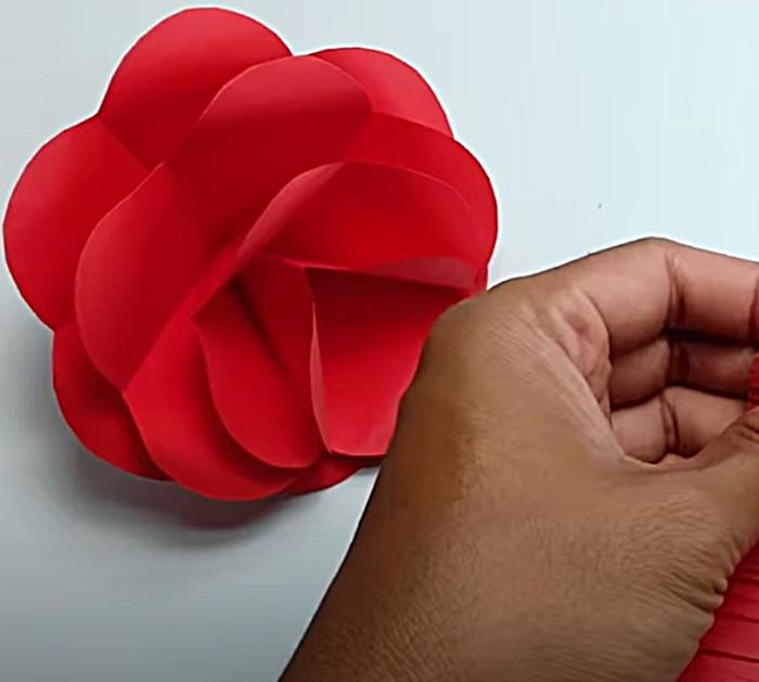Make paper flower wall art
