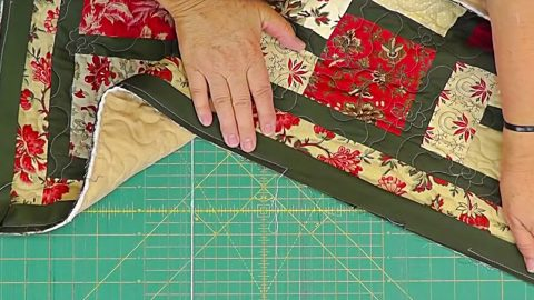 Quilt Binding Tutorial: Jenny Doan Of Missouri Star Quilting Company | DIY Joy Projects and Crafts Ideas
