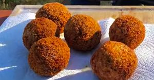 How To Make Deep Fried Scotch Eggs