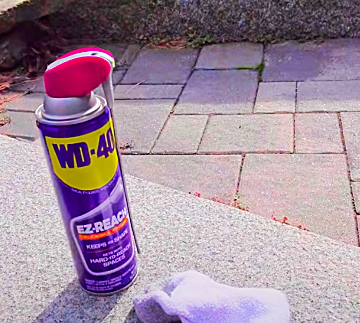 Restore your wiper blades with WD 40