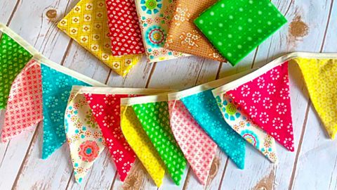 How To Sew A Bunting Banner | DIY Joy Projects and Crafts Ideas