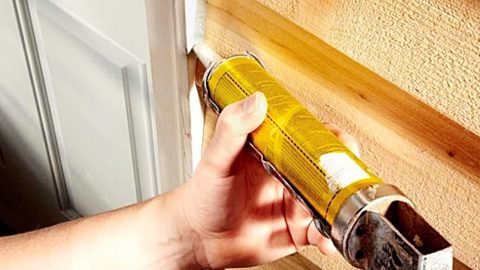 How to Caulk: Tips From A Professional | DIY Joy Projects and Crafts Ideas