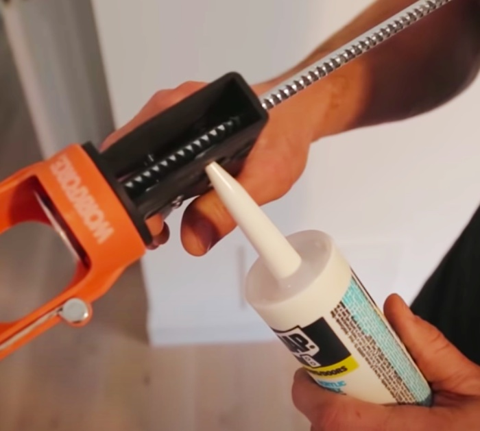 Patch up walls with expert caulking tips