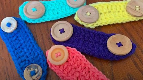 How To Crochet A Face Mask Extender | DIY Joy Projects and Crafts Ideas