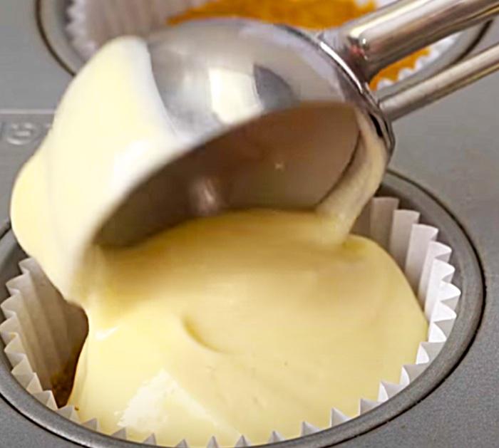 Mini Cheesecakes like the Cheesecake Factory