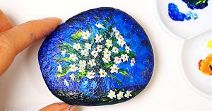 How To Paint Flowers On A Rock