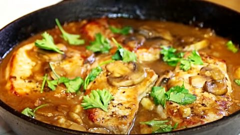 30 Minute One Pan Pork Chops With Mushroom And Garlic Gravy Recipe | DIY Joy Projects and Crafts Ideas