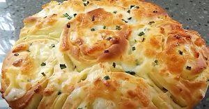 Scallion And Garlic Cheese Bread Recipe
