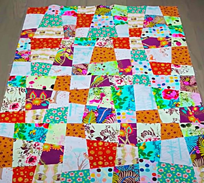 Sew a bias cut irregular ugly quilt