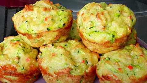 Zucchini Cheese Muffin Recipe | DIY Joy Projects and Crafts Ideas