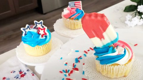 Firecracker Popsicle Fourth Of July Cupcake Recipe | DIY Joy Projects and Crafts Ideas