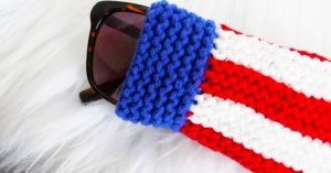 DIY Knit Fourth of July Sunglasses Pouch