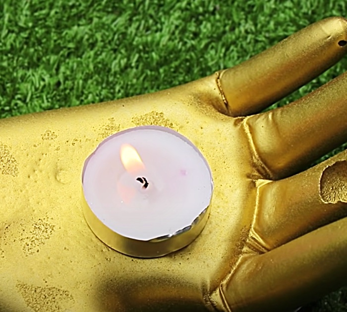 Make A Hand Candle Holder From A Rubber Glove And Cement