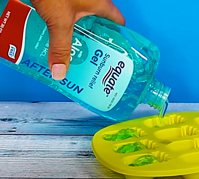 Fill Ice Trays With Aloe Vera For A Sunburn Remedy From Dollar Tree