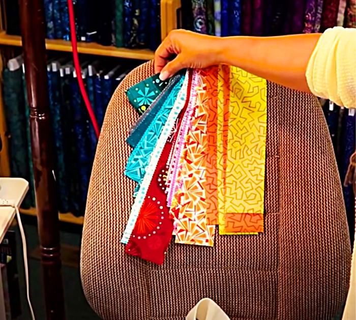 Get Jelly Roll Strips In Color Order Before Making A Rug