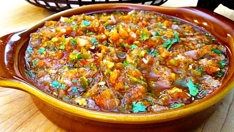 Fire-Roasted Salsa Recipe | DIY Joy Projects and Crafts Ideas