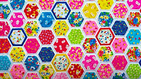 Quilt as you go – Hexagon Pattern By Jenny Doan | DIY Joy Projects and Crafts Ideas
