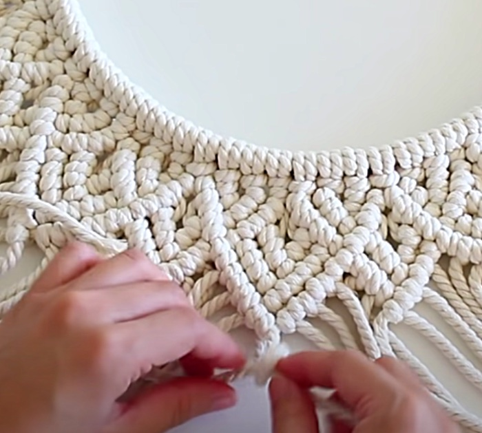How to Use An Embroidery Hoop Rope To Make a Macrame Mandala Wall Hanging.