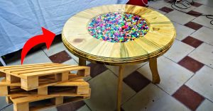 How To Make A Coffee Table From Old Pallets