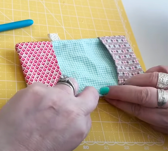 Needle Book With Pockets | Sewing Projects