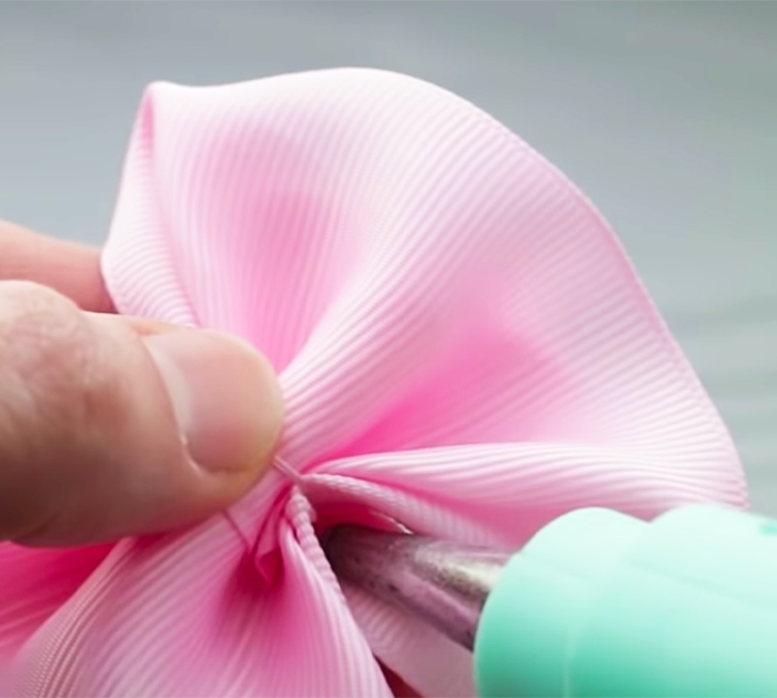 How To Make Simple Ribbon Bows | DIY Sewing