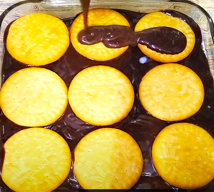 No-Bake Biscuit Chocolate Pudding Recipe | No-Bake Recipes