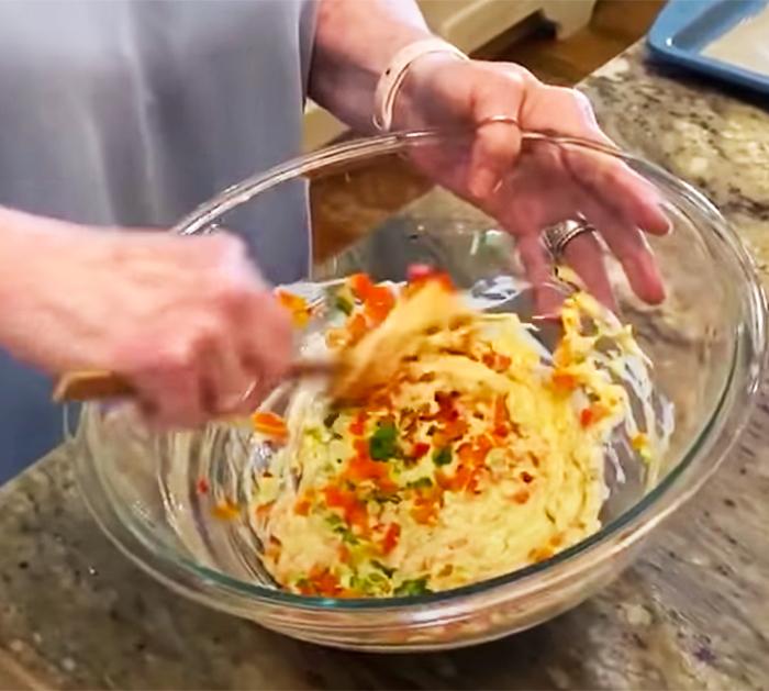 Paula Deen's Lump Crab Cakes Recipe | Quarantine Cooking