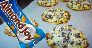 4-Ingredient Almond Joy Cookies Recipe