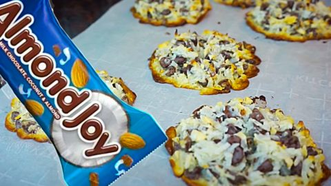 4-Ingredient Almond Joy Cookies Recipe | DIY Joy Projects and Crafts Ideas