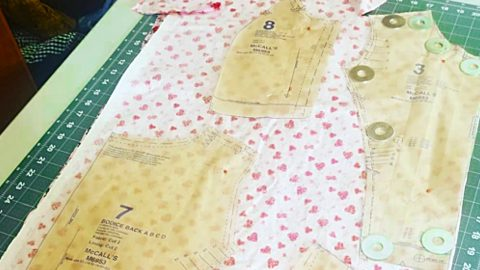 3 Cutting Tips To Get More Out Of Fabric | DIY Joy Projects and Crafts Ideas