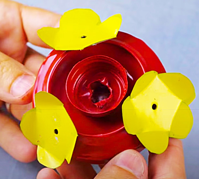 Spray Paint A Can To Make A Hummingbird Feeder