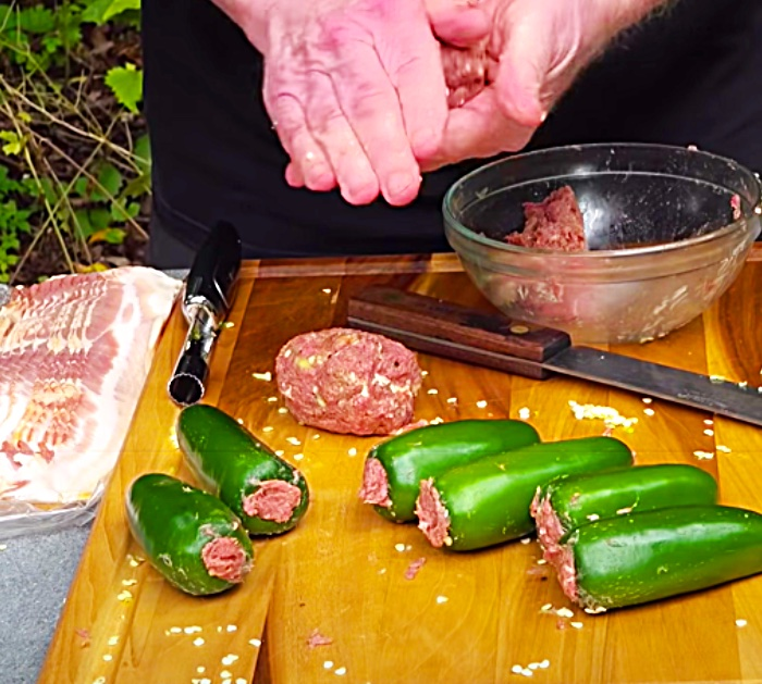 Stuff Jalapeno Poppers With Ground Beef For Grilling