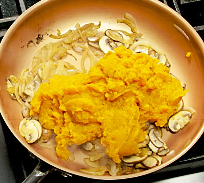 Fry Mashed Sweet Potatoes With Mushrooms And Onions To make Loaded Mashed Sweet Potatoes