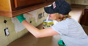 How To Paint Tile With Chalk Paint