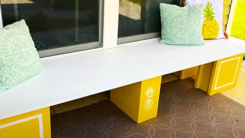 DIY Cinder Block Bench With Pineapple Accents | DIY Joy Projects and Crafts Ideas